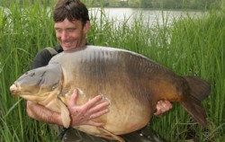 John Llewellyn: Monstrum o váze 36,6 kg