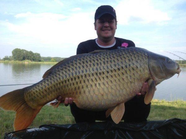 32 kg
