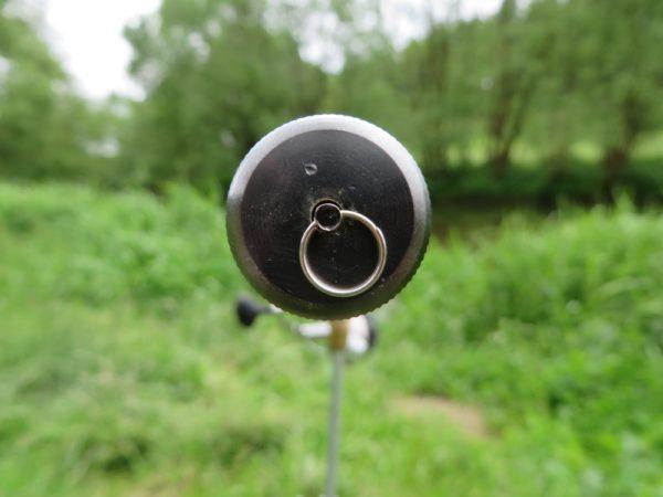 Kovová koncovka s kroužkem u prutu TREVIR