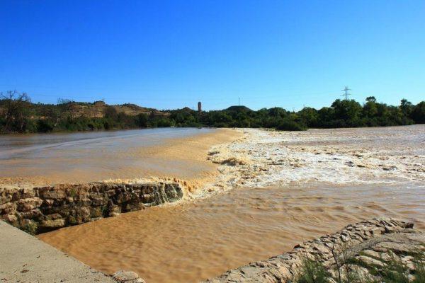 Rio Ebro po deštích...