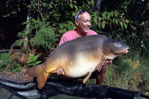 Jubilejní 100 kapr Martina Lockeho přes 50 lb (22,5kg)