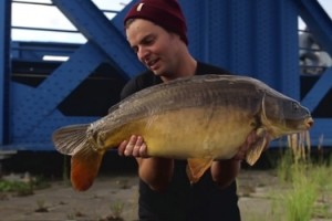 Video: Urban Banx Carp Fishing (NASH 2014 DVD – CZ titulky)