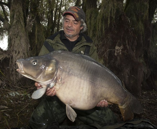Taťkův poslední podzimní kapr – 17 kg