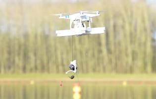 Video: Dron pro rybáře, který zanese montáž na lovné místo