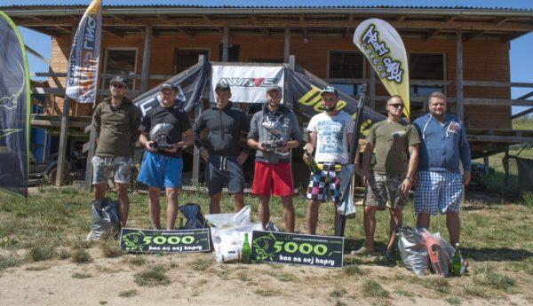 Společná fotka vítězů