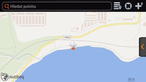 Aplikace využívá klasických Google map, jednotlivé státy si můžete uložit do paměti pro následné offline použití