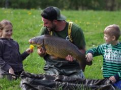 Video: Urban carp fishing