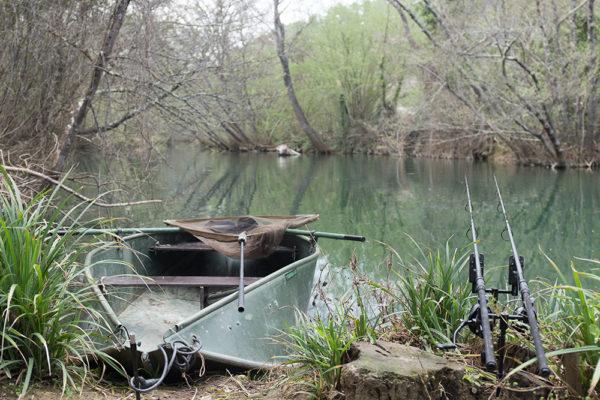 Skrytý na kouzelné řece