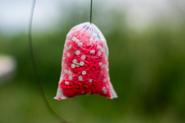 Krok 10. - Výsledkom je solid bag, ktorý nebolo potrebné zatvárať pomocou pva šnúrok alebo pva pások. Dômyselný mechanizmus plnenia bol postačujúci.